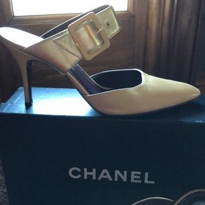 Chanel beige mules size 39.5